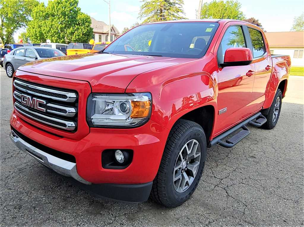 Pre-Owned 2015 GMC Canyon SLE All Terrain