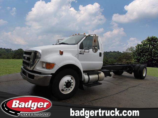 Pre-Owned 2013 Ford F750 XL