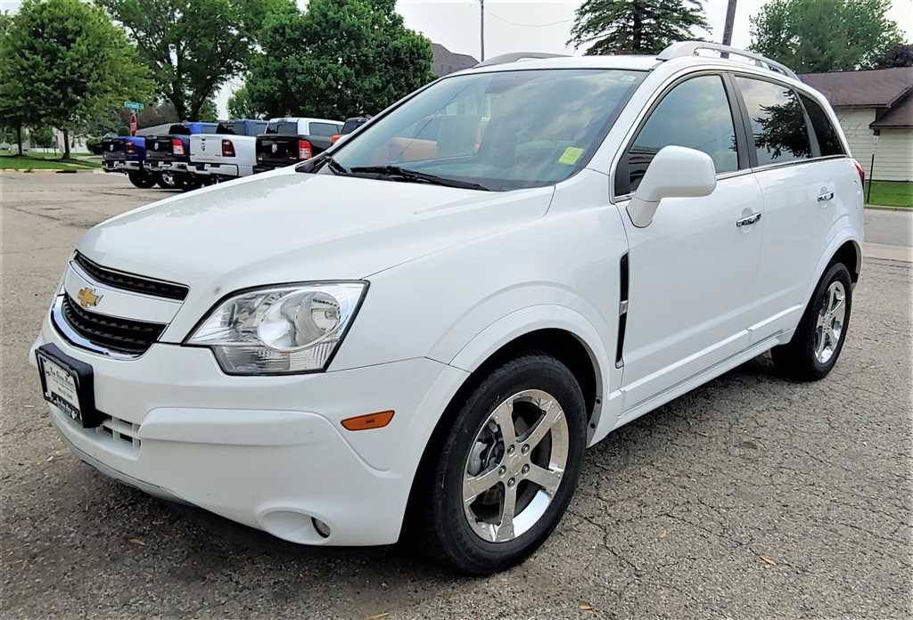 Pre-Owned 2014 Chevrolet Captiva LT