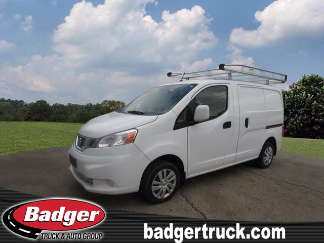 Pre-Owned 2017 Nissan NV200