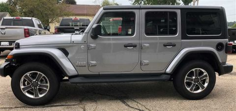 New 2018 Jeep Wrangler 4-Door SAHARA