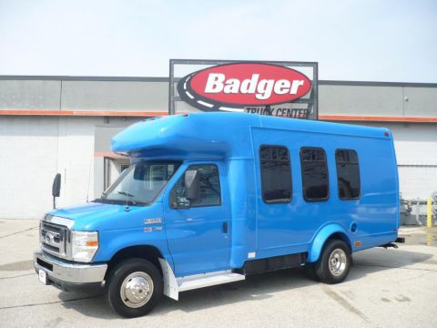 Pre-Owned 2011 Ford E350