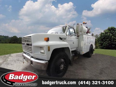 Pre-Owned 1990 Ford F700 XL