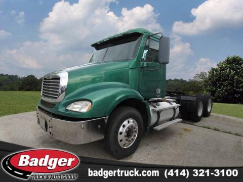Pre-Owned 2007 Freightliner C12064T